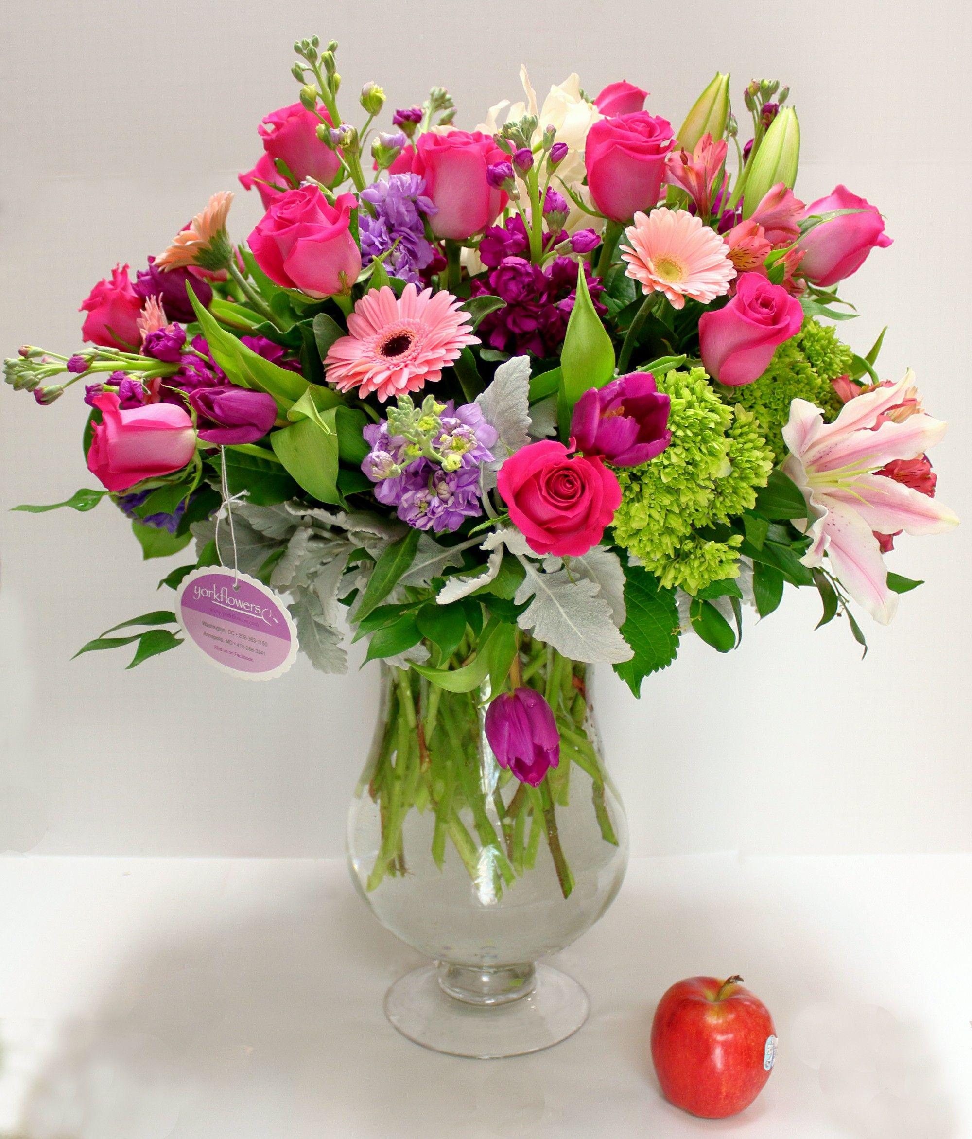 Send Dazzling Bouquet in Washington, DC from York Flowers
