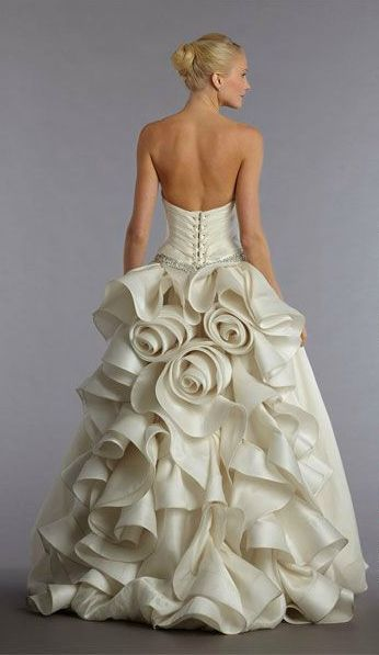 Pnina Tornai Silk Ball Gown Features Fl Details On The Back
