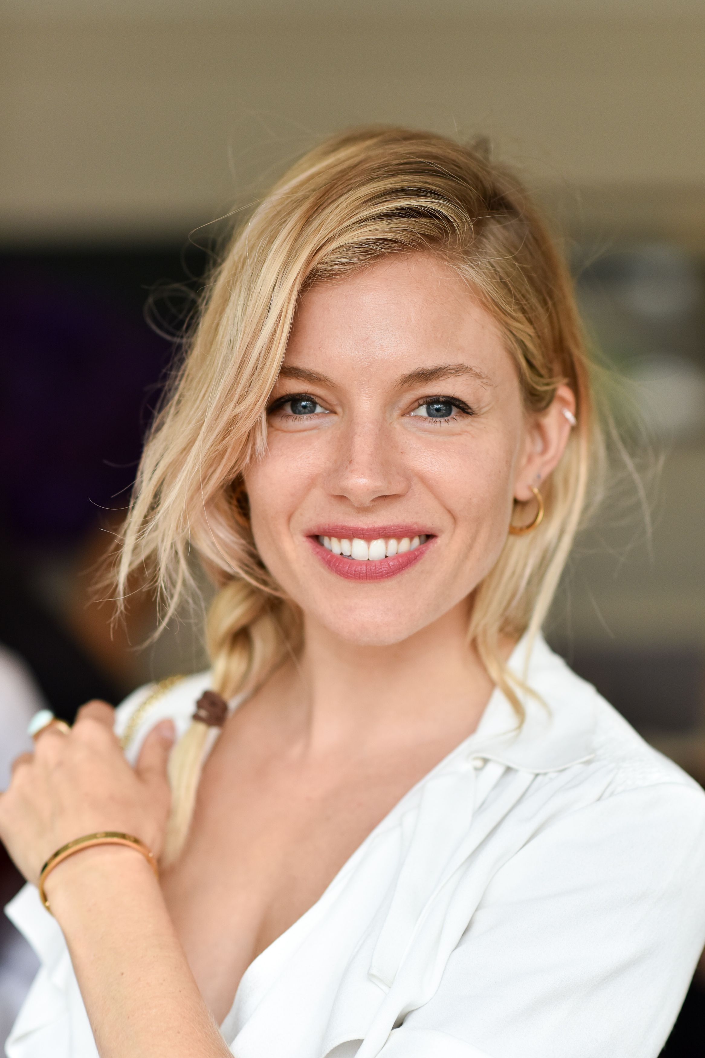 Sienna miller for more visit charmingdamsels looking for sienna miller for more visit charmingdamsels looking for hair extensions pmusecretfo Image collections