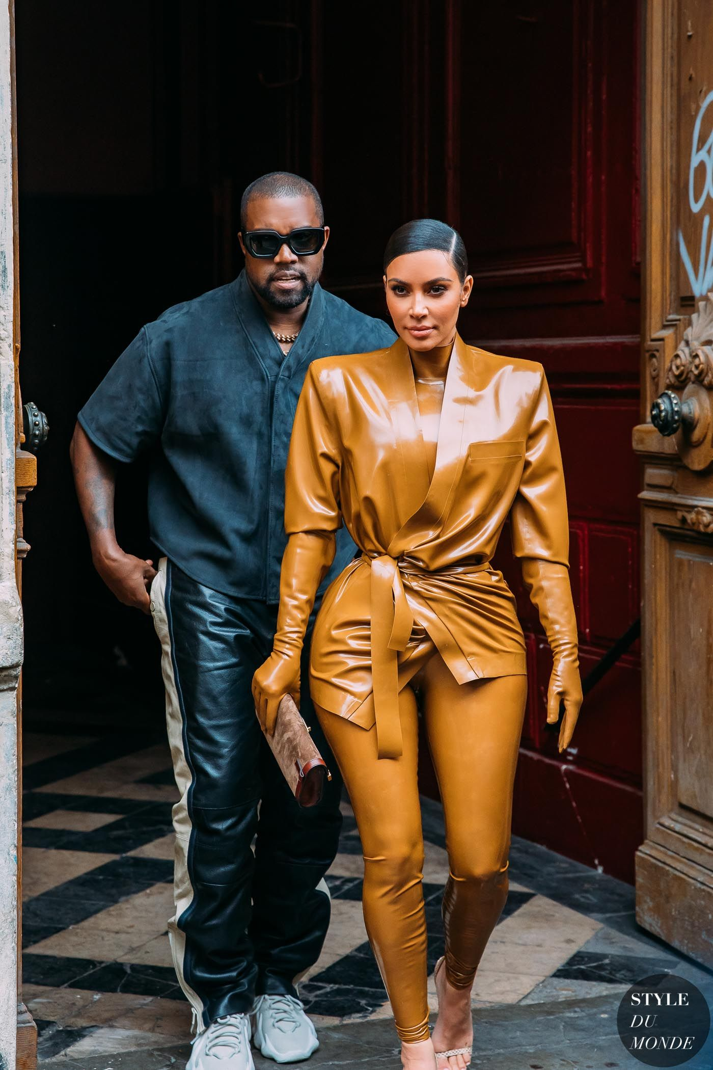 Paris Fw 2020 Street Style Kanye West And Kim Kardashian Style Du Monde Street Style Street F In 2020 Kim Kardashian Outfits Kim Kardashian Style Kanye West Style
