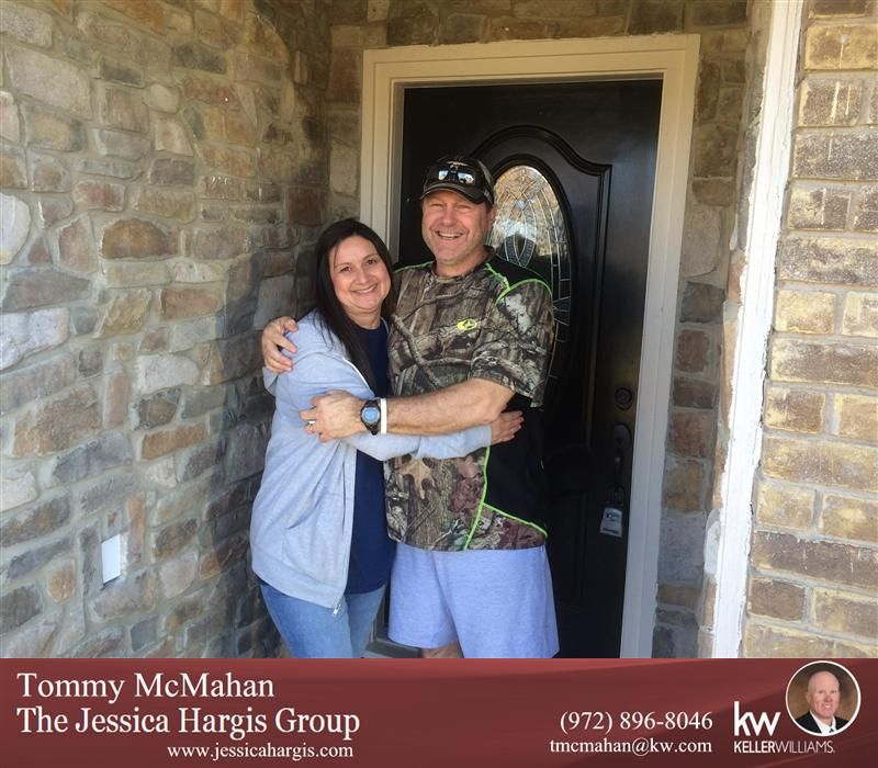 Congratulations to Jon & Robin Ramsey on the purchase of their new home with Tommy McMahan of the Jessica Hargis Group!