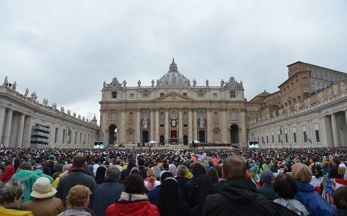 A toi l'honneur !: Canonisation: 4 Papes pour relever la tête