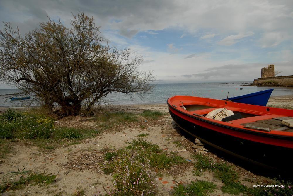 Spiaggia delle barche - Santa Lucia di Manuela Mulargia