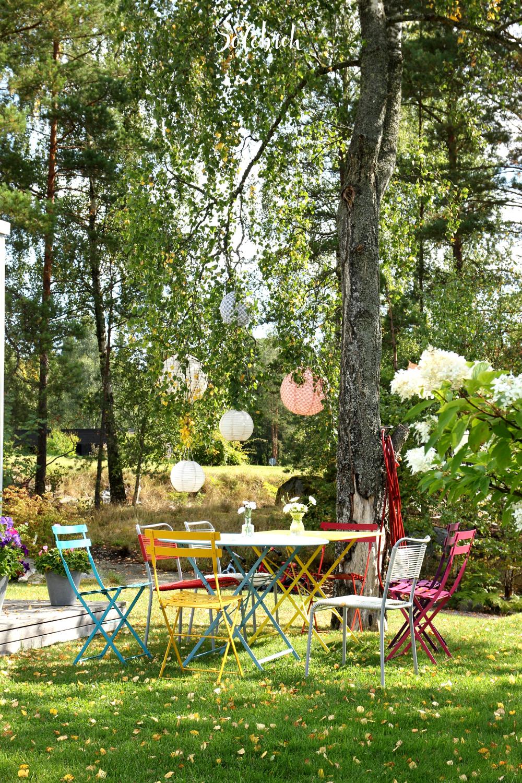 Vom Klapptisch Bis Zur Langen Tafel Die 6 Schonsten Outdoortische Garten Gestalten Garten Garten Ideen Gestaltung Vorgarten