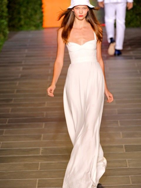 NEW Tommy Hilfiger Collection Silk Ivory Gown Size 5 Wedding Dress ...