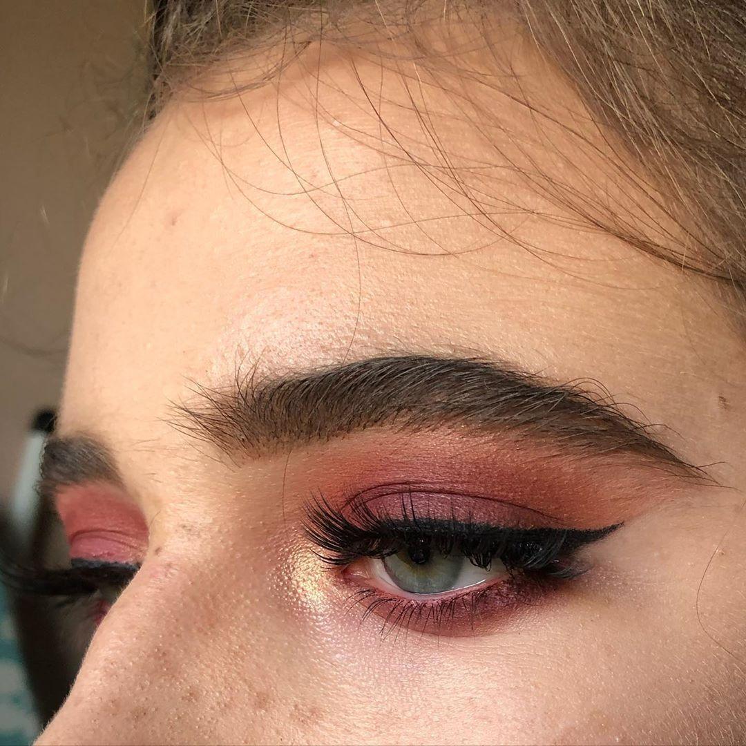 Belle Ame A Beautiful Soul Makeup Fire Beautiful Blueeyes Makeupartist Mua Eyeliner Browsonfleek Eye Liner Tricks Eyeliner Makeup