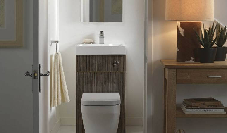 Soluzioni Salvaspazio Bagno : Come arredare bagno piccolo mobili in legno soluzione salvaspazio