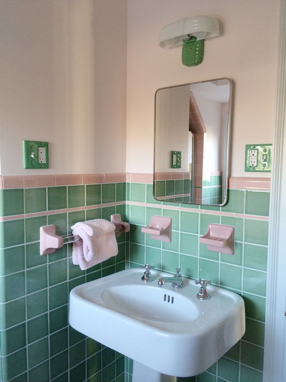 see jane design a vintage style green and pink tile bathroom for her 1939 brick colonial house
