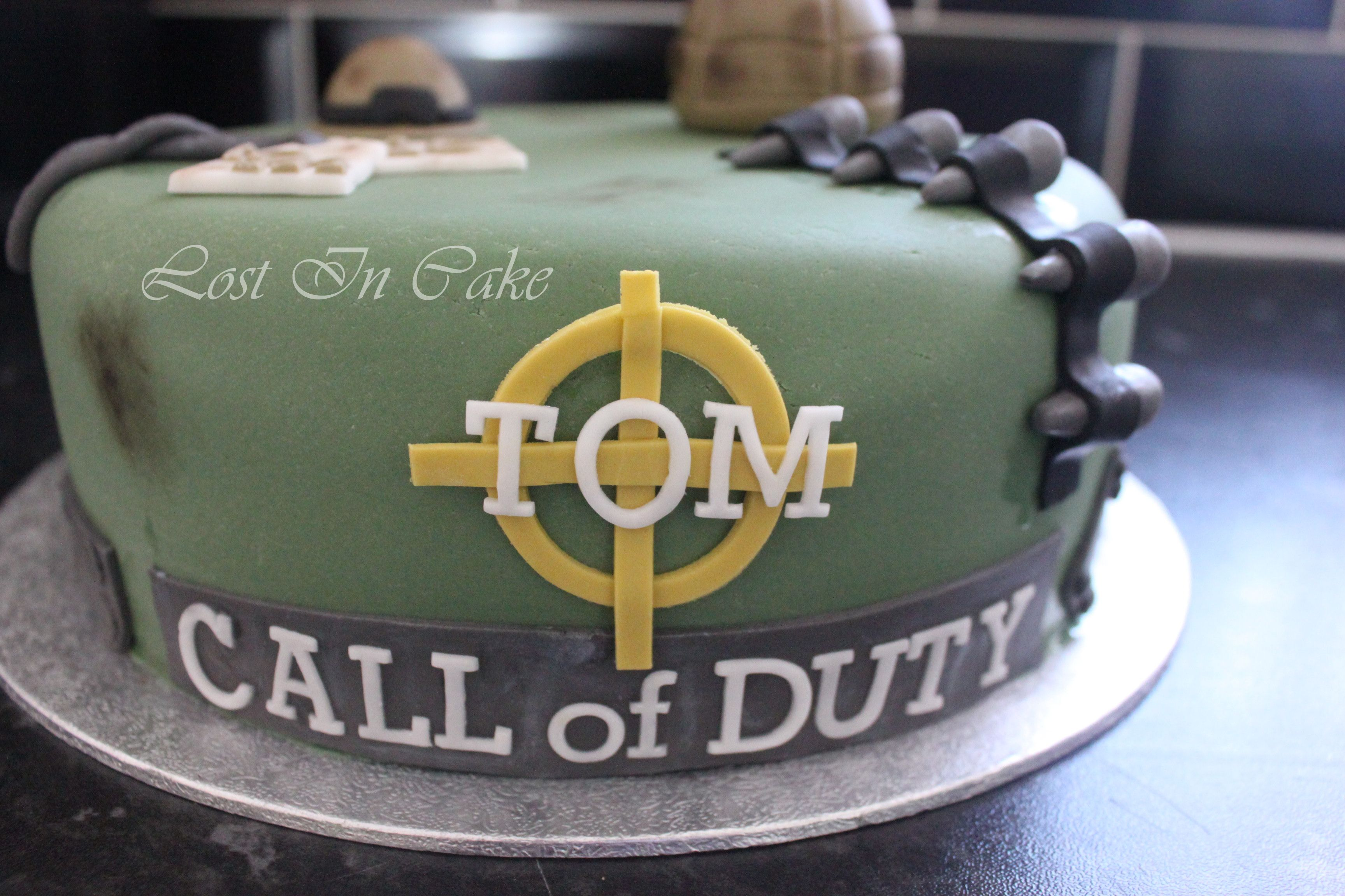 Call Of Duty Cake - Front Detail