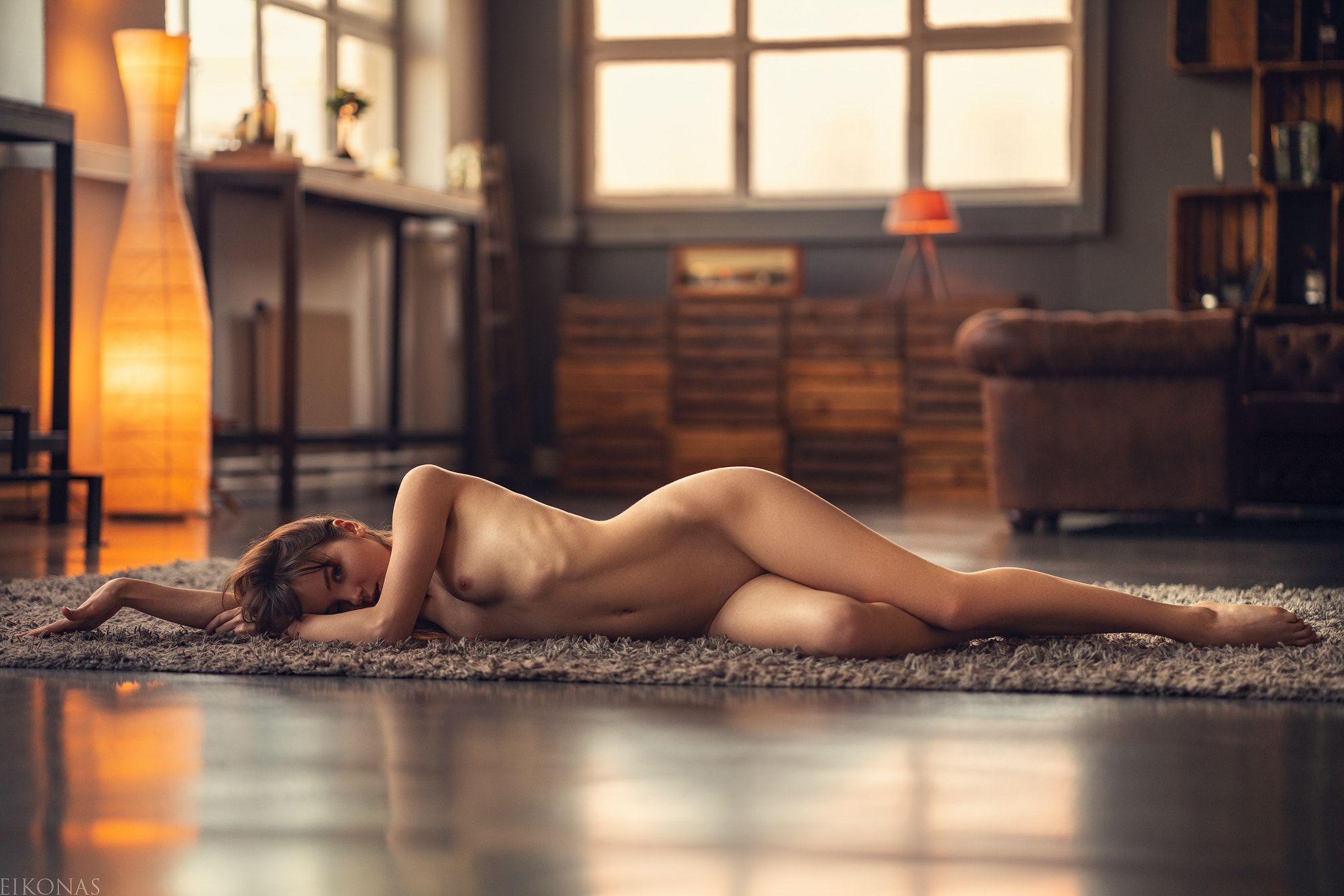 Alison brie full frontal nude scenes