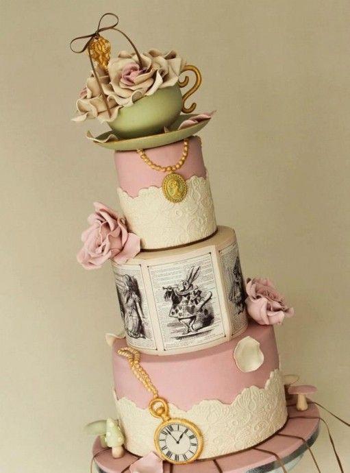 le gâteau de mariage d'alice au pays des merveilles | alice, cake