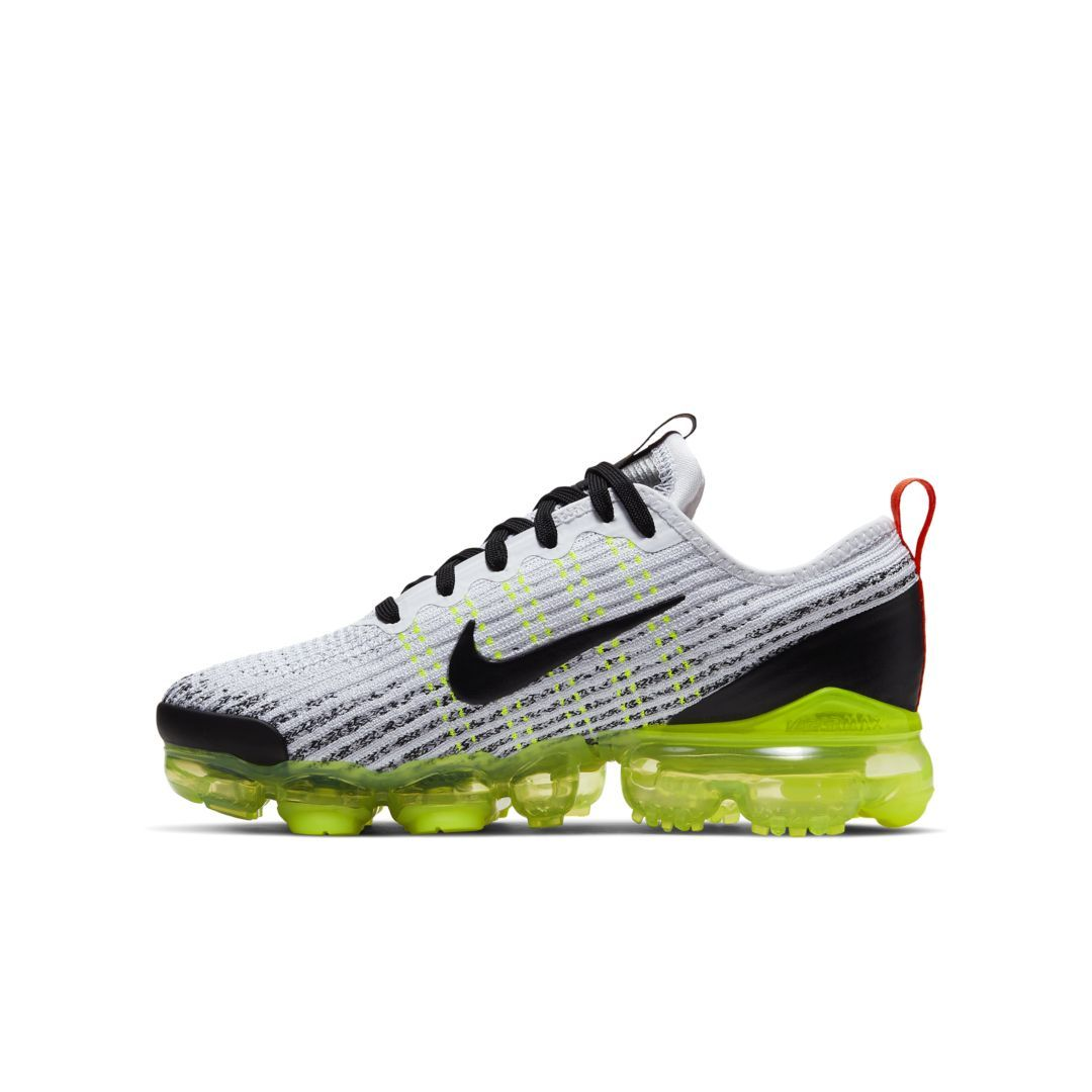 newest 186bc 94b7f Air VaporMax Flyknit 3 Big Kids' Shoe in 2019 | Products ...