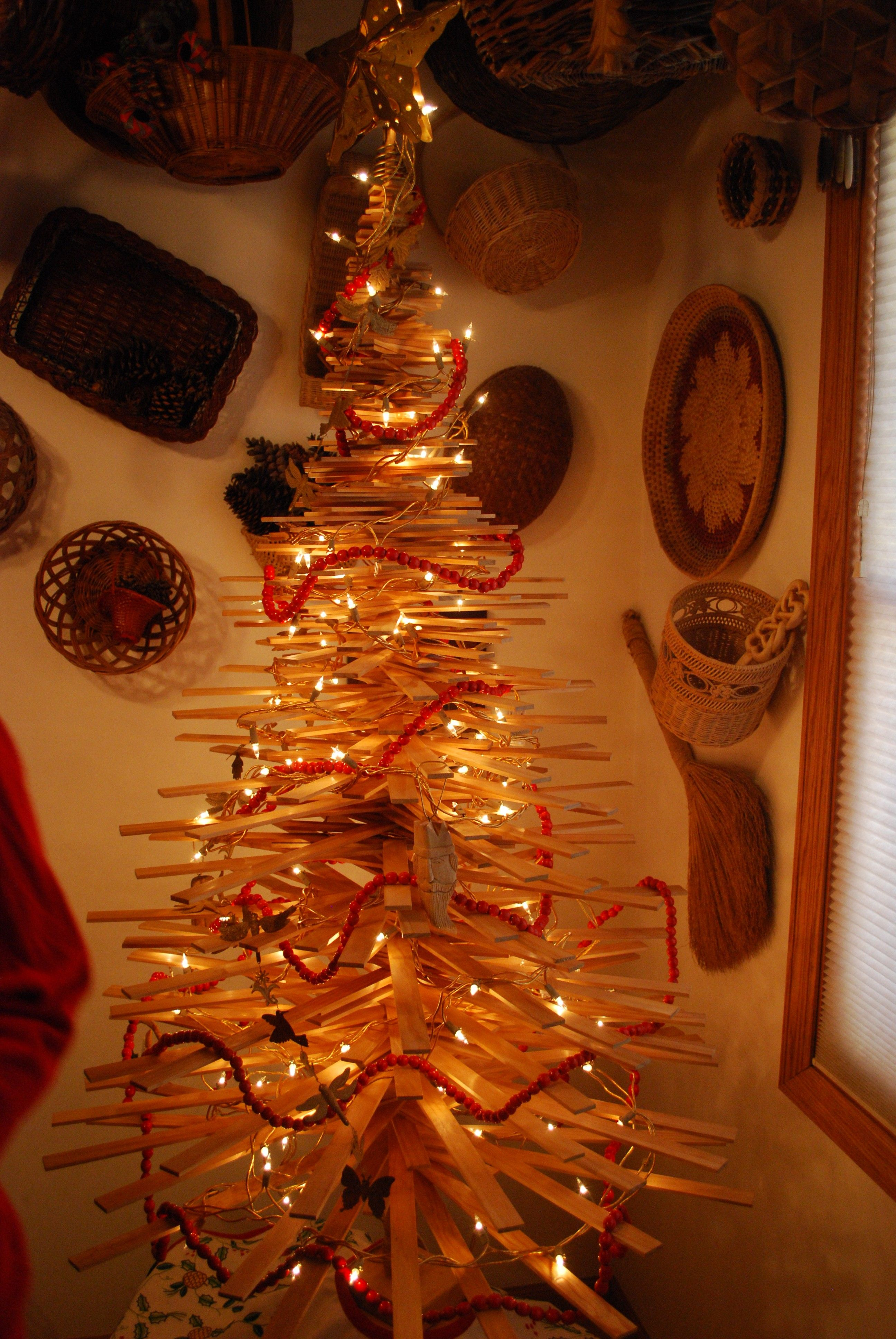 Wood non traditional christmas tree | Holiday crafty Ideas - Winter ...