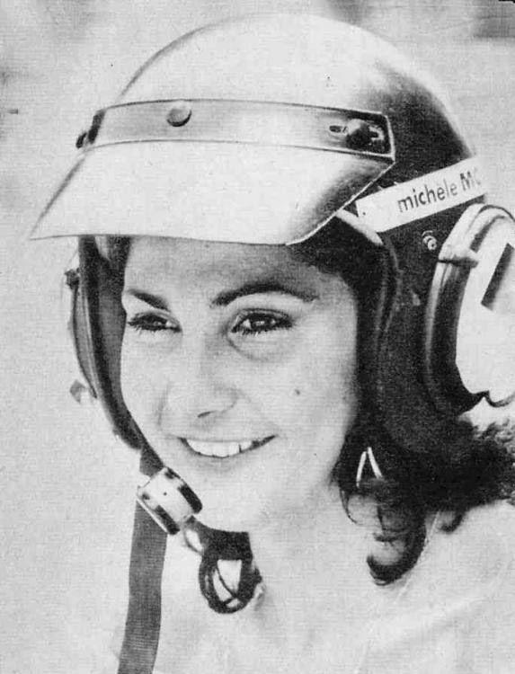 Michelle Mouton I Love A Woman In A Helmet Idool