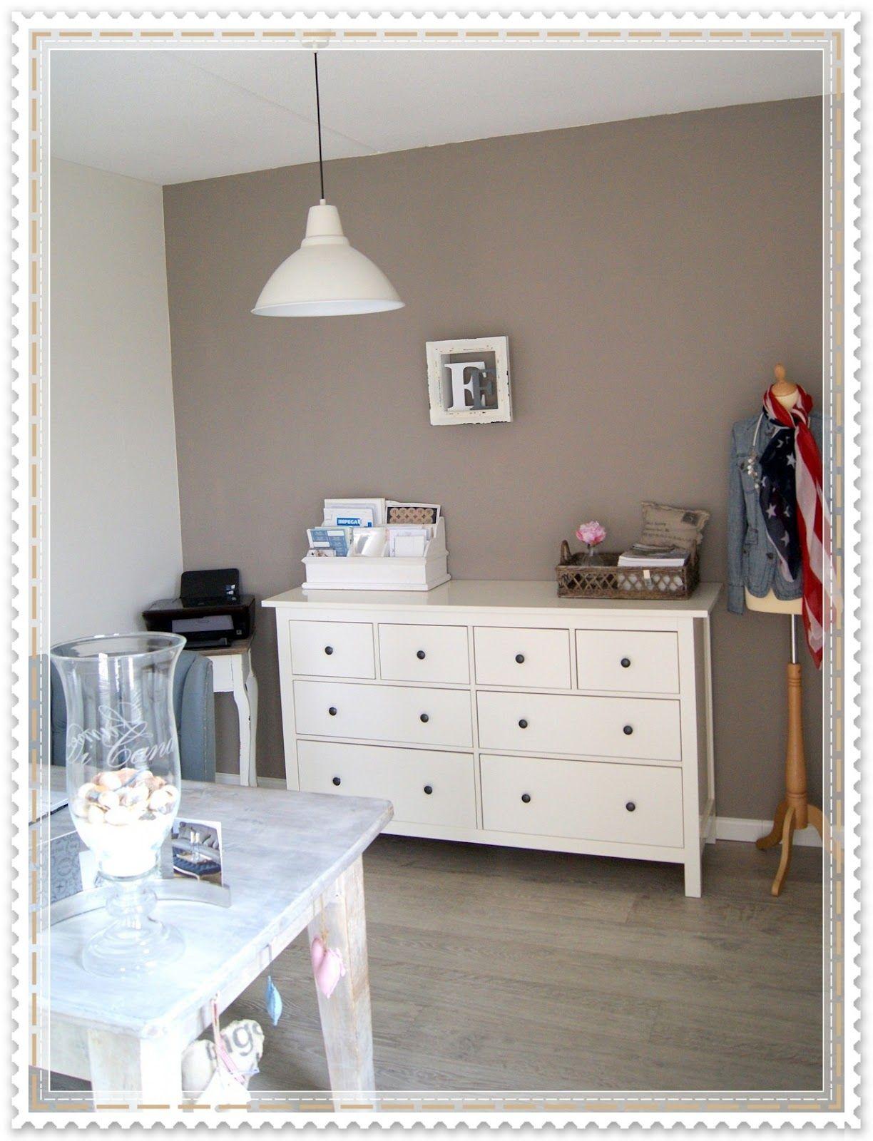witte kozijnen taupe muur - Google zoeken | Ideeën voor het huis ...