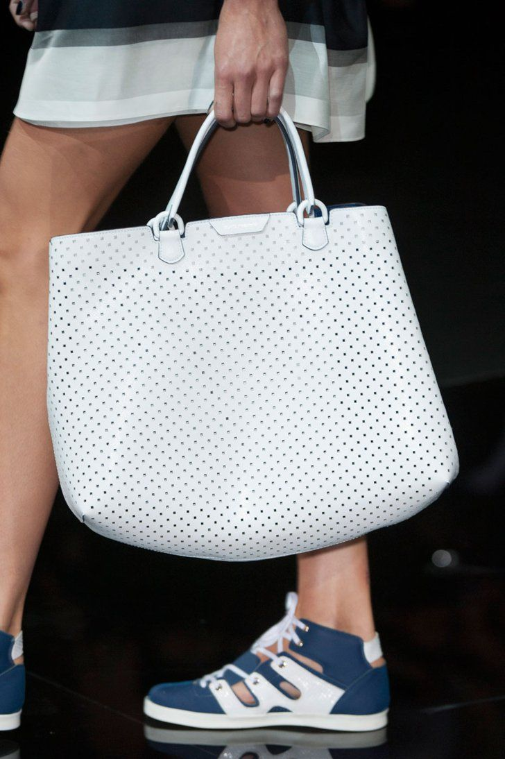 Pin for Later: The 7 Top Bag Trends For Spring 2015  Emporio Armani Spring 2015