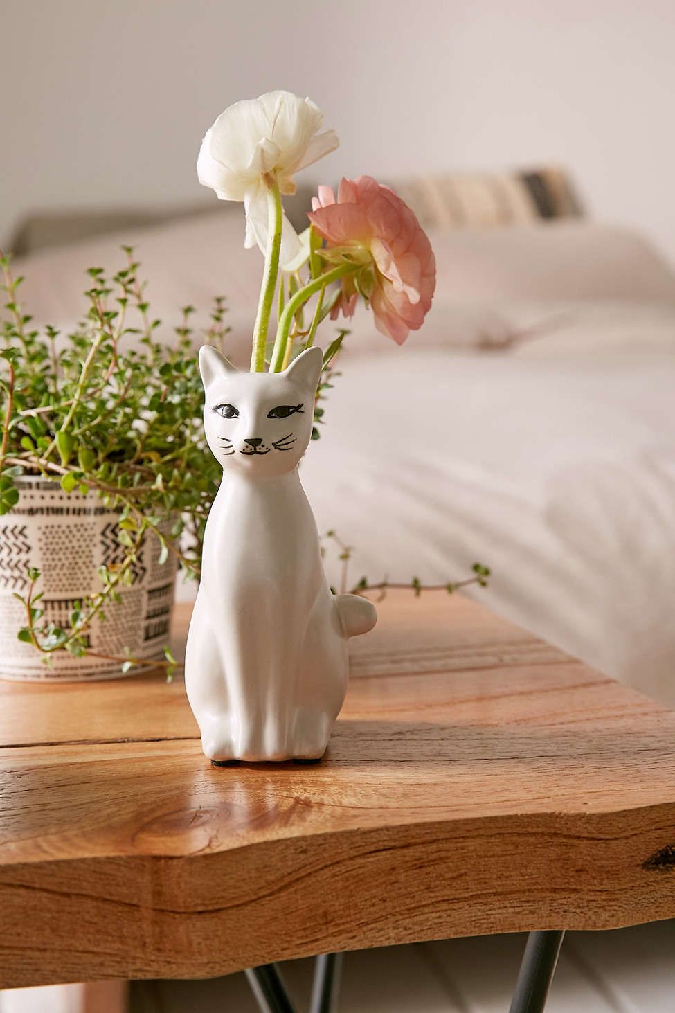 Kitty bud vase urban outfitters kitty and urban kitty bud vase reviewsmspy