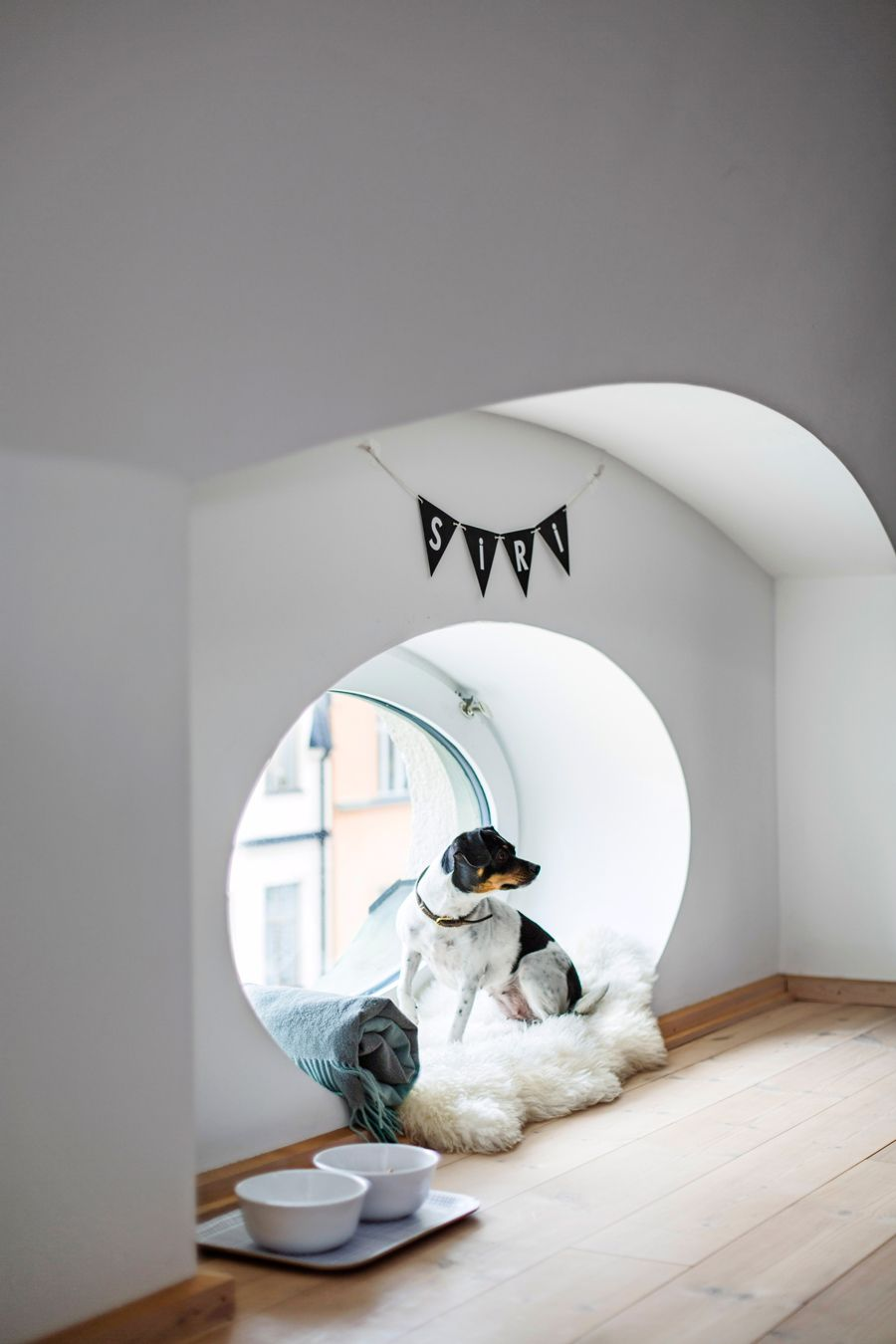 Beautiful attic apartment decorated in a scandinavian industrial style