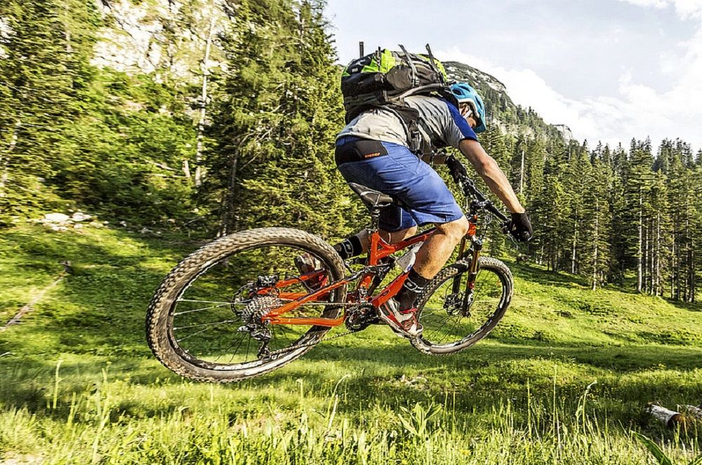 Best Mountain Bikes Under 1000 Dollars In 2019 Best Mountain