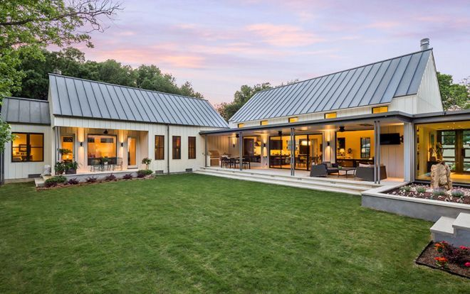 This Texas Farmhouse Is Based On Old Fashioned Designs Of Homes Built With Aluminum Panels