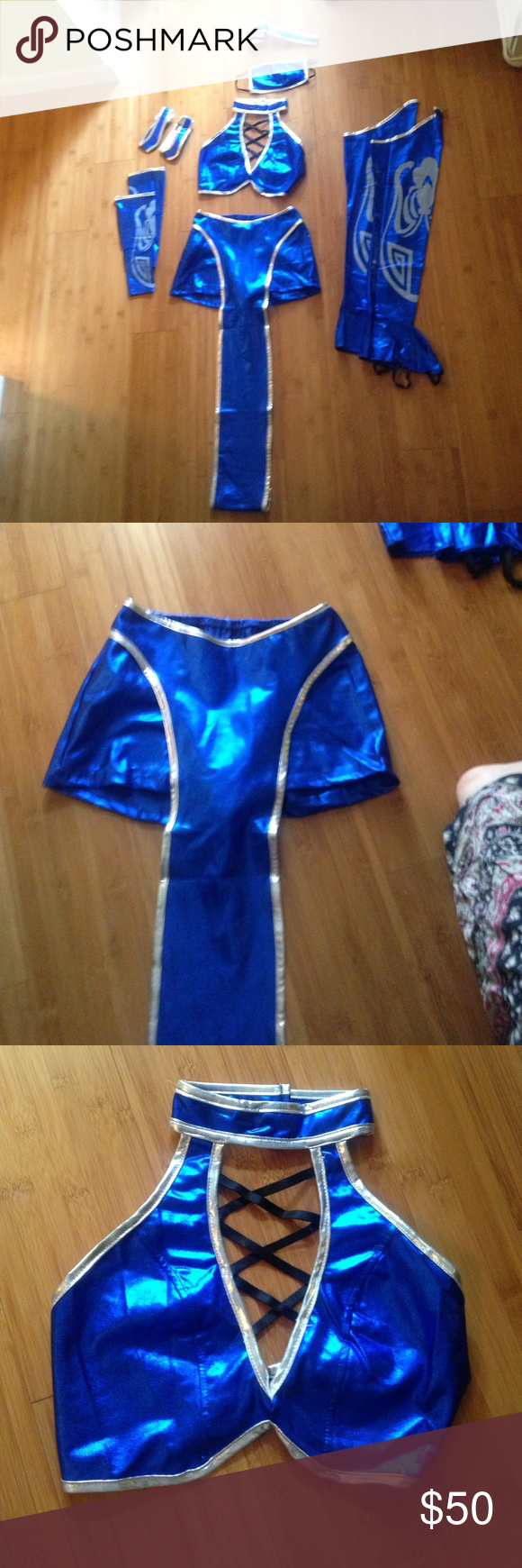 Mortal Kombat Kitana costume size xs Kitana costume comes with mask arm bands leg pieces top and shorts with sash (runs true to size) perfect for ... & Mortal Kombat Kitana costume size xs Kitana costume comes with mask ...