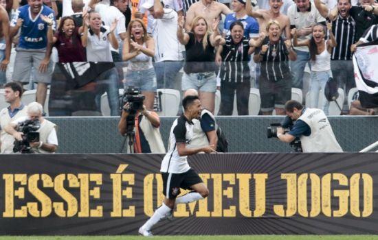 Sport Club Corinthians Paulista -  Lucca scores against São Paulo