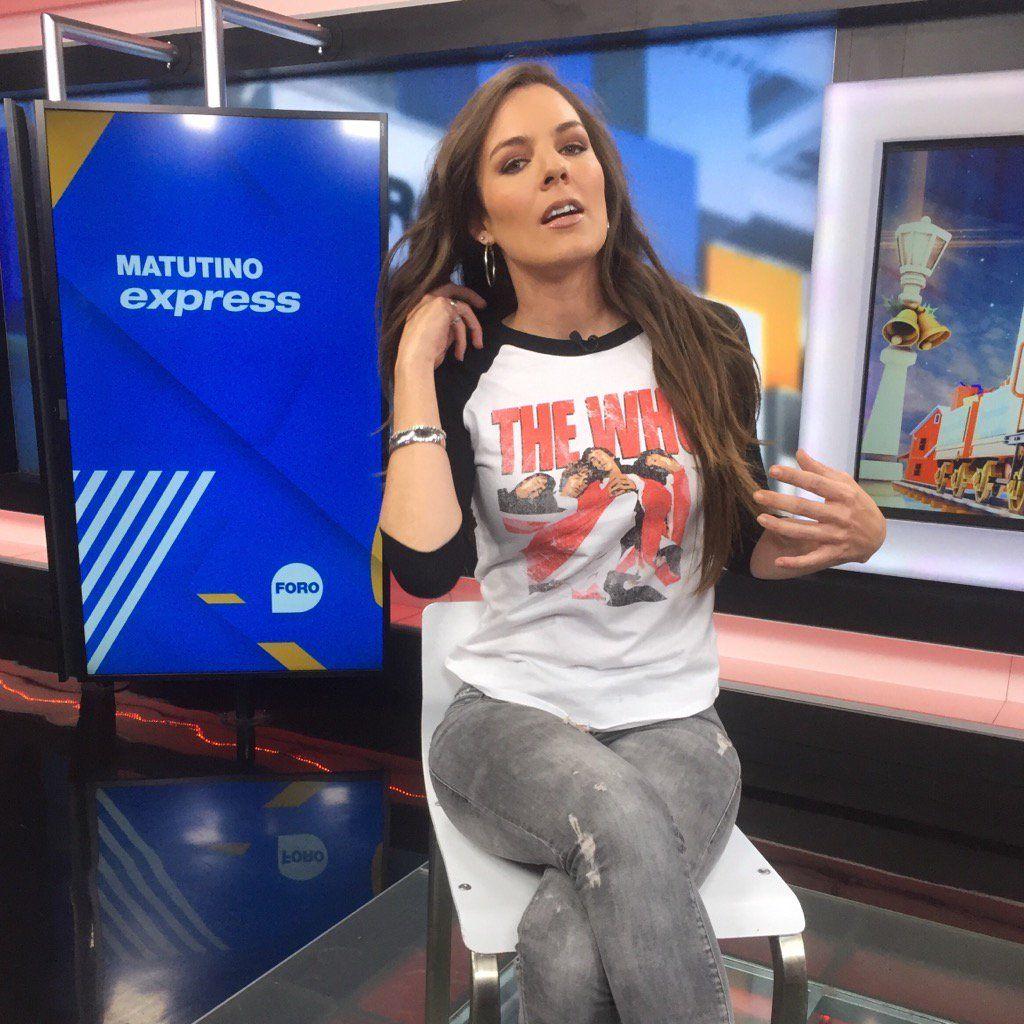 Ana Sof A Escobosa De San Luis Potos Con Talento Y Glamour Y  # Muebles Nuryan San Luis Potosi
