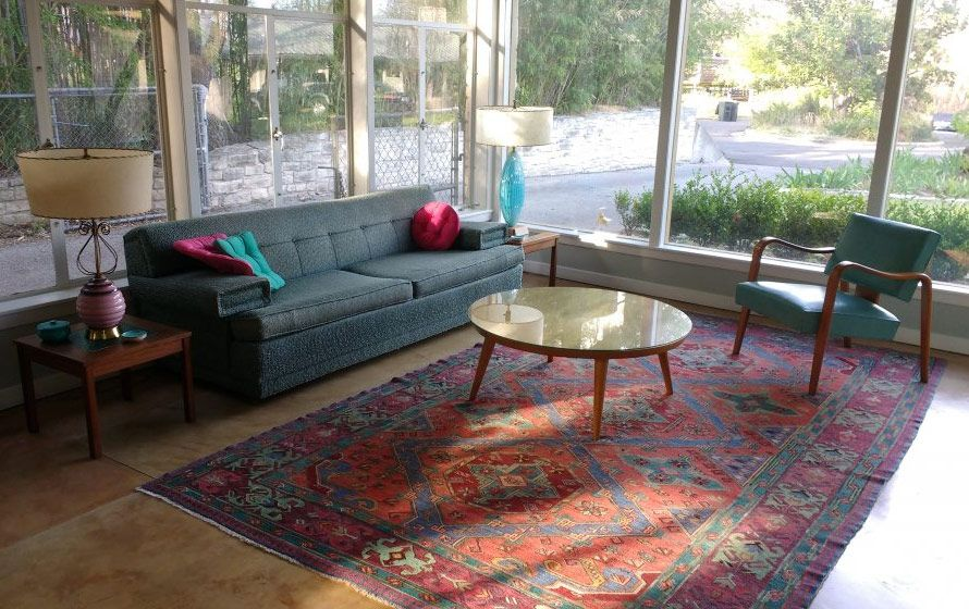 Oriental Rugs In Midcentury Living Rooms Me Likey Mid Century Living Room Modern Rugs Living Room Rugs In Living Room