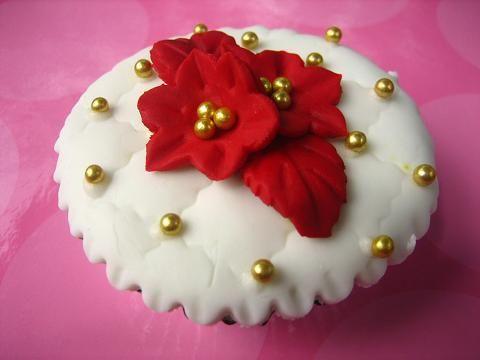 wedding cupcake - http://herbigday.net/wedding-cupcake/