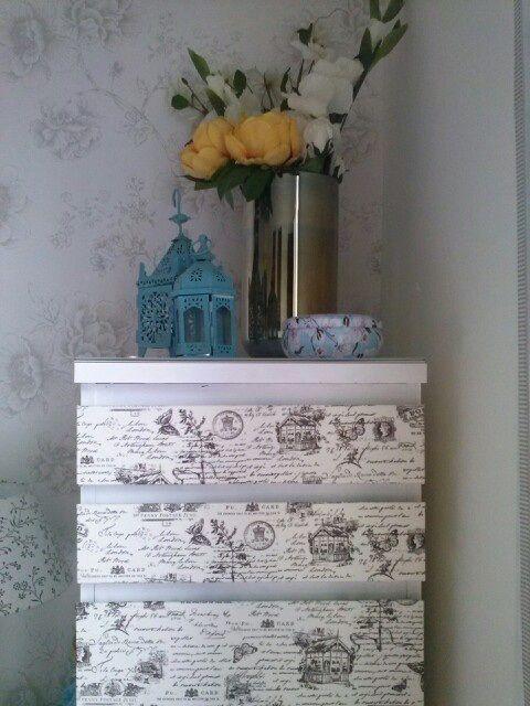 C moda malm ikea tunear muebles pinterest malm - Ikea mesillas y comodas ...