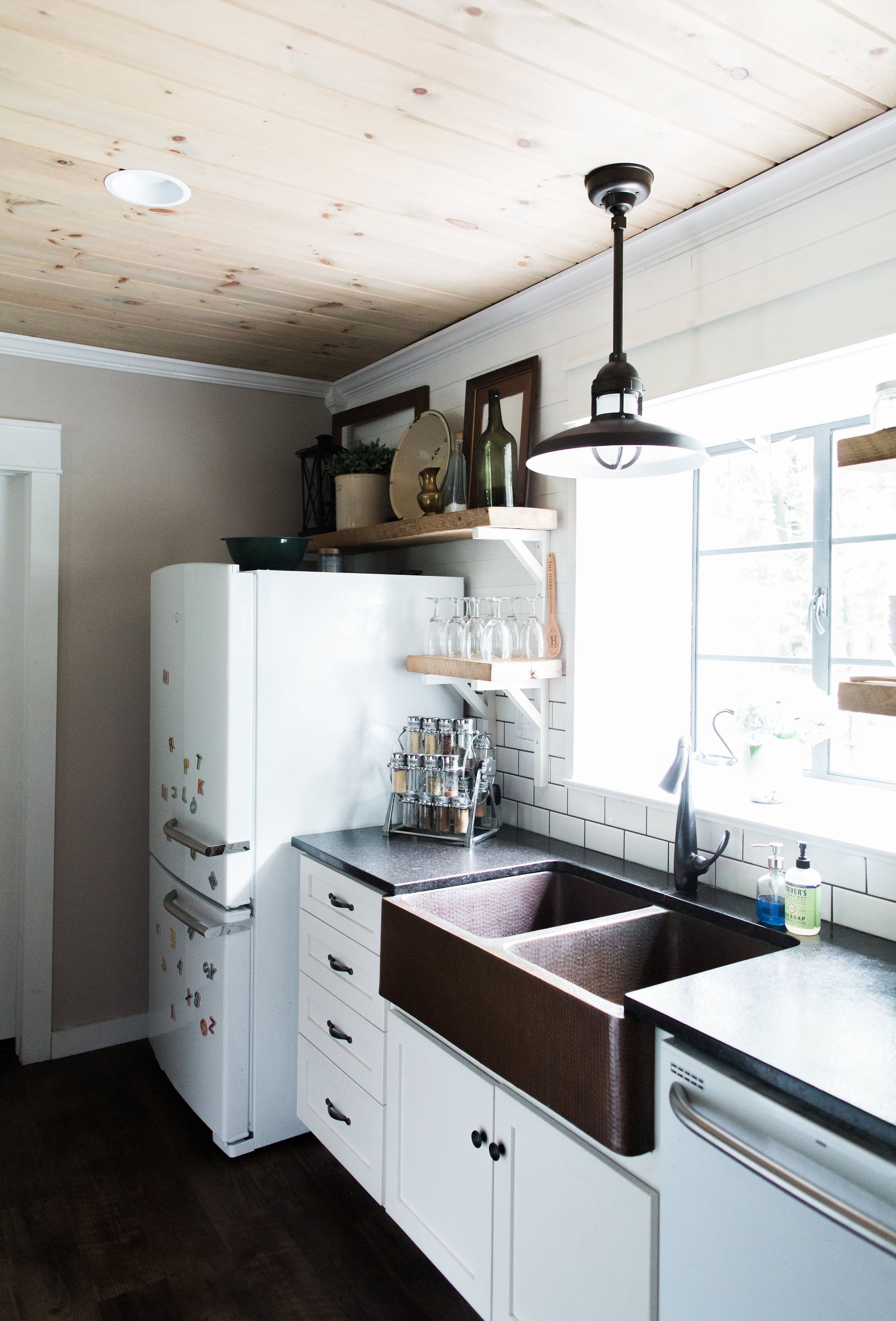 DIY Farmhouse Kitchen Makeover: All the Details | Black counters ...