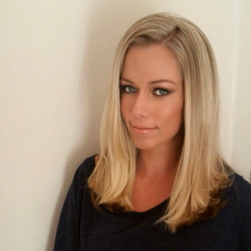 Kendra wilkinson hair october 2014 love her celebrities kendra wilkinson hair october 2014 love her pmusecretfo Image collections