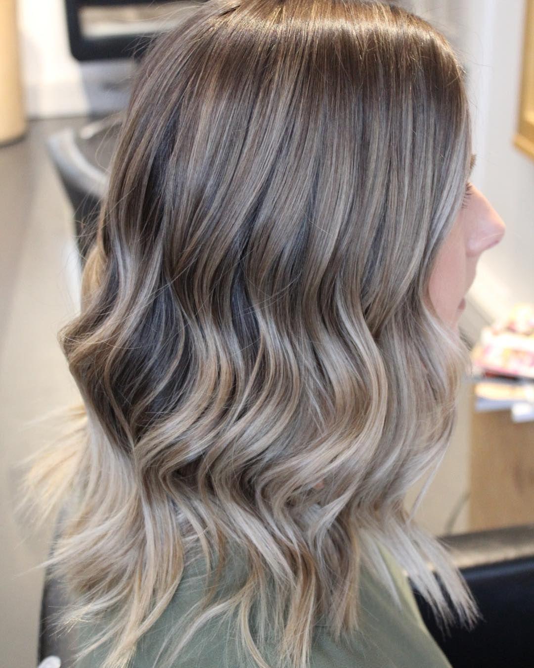 Loxy Hair Salon Lajoshrich