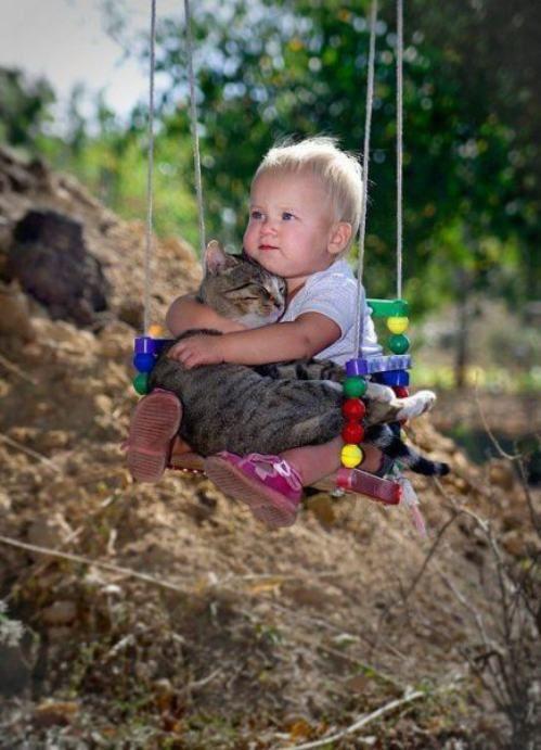 С любимой кошечкой... cute!