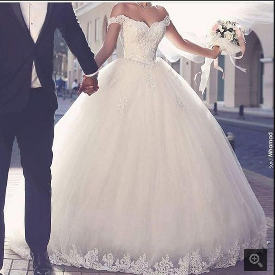 White puffy wedding dresses  New design white ball gown wedding dress princess puffy lace