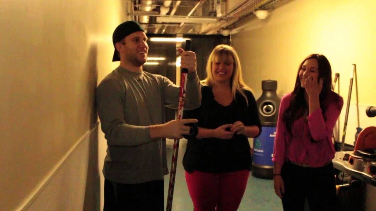 Pink Puck TV: Stick Taping with Monarch's Andrew Bodnarchuk