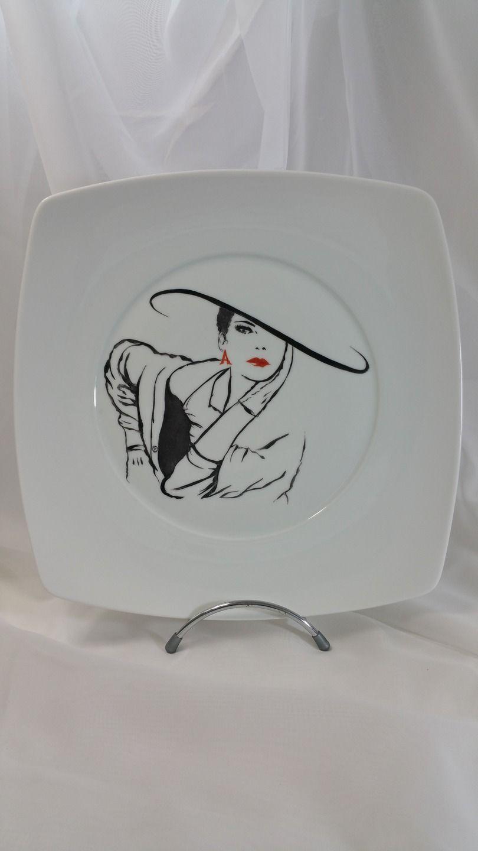 assiette carr e en porcelaine de limoges peinte la main. Black Bedroom Furniture Sets. Home Design Ideas
