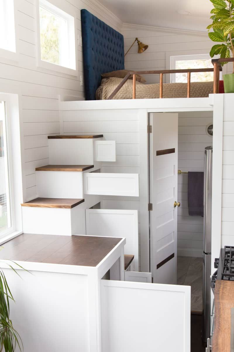 Beautiful 26 Tiny House With Gorgeous Natural Wood