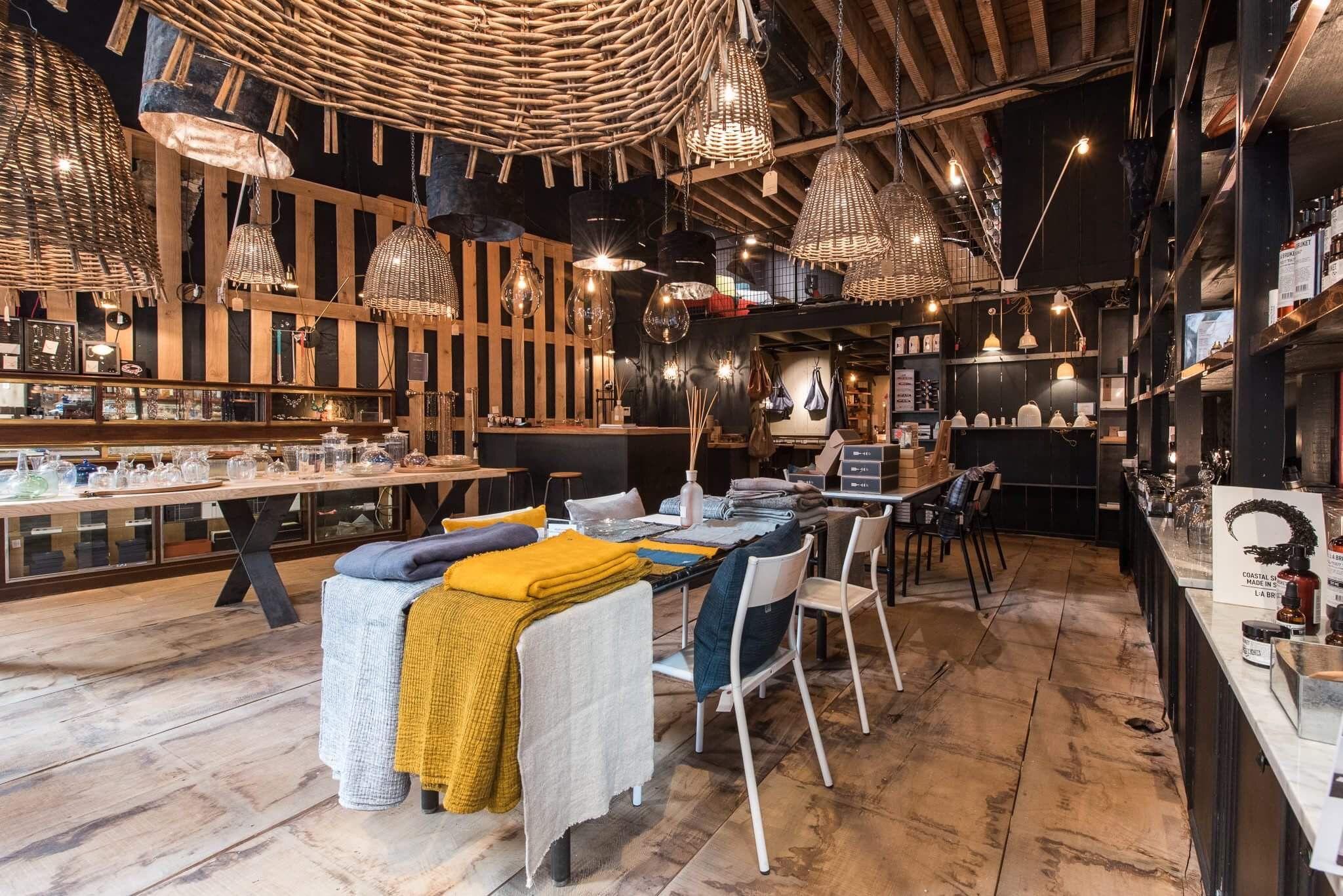 Boutique Auguste Et Cocotte 16 Rue Auguste Comte 69002 Lyon Conceptstore Villes Du Monde Lyon Bonnes Adresses Lyon