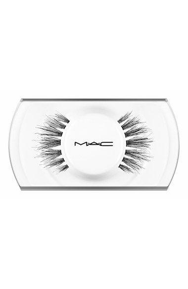 Free shipping and returns on MAC 35 Lash at Nordstrom.com. M·A·C 35 Lash false lashes give you slightly more dramatic length and provide eye-opening fullness toward the center of the eye. Handmade to exact specifications, the lashes are perfectly shaped and arranged to give a striking effect, whether you're going for a natural or dramatic look. M·A·C false lashes are available in a variety of shapes and densities. If properly cared for, the lashes can be reshaped or readorned as desired.How…