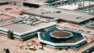 Opel - 1982 - Saragossan tehdas, 1982.