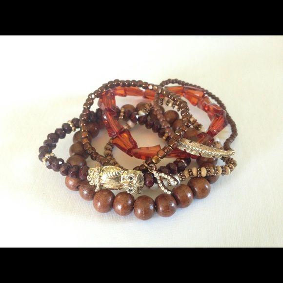 Bracelet set! Includes 6 elastic bracelets Jewelry Bracelets