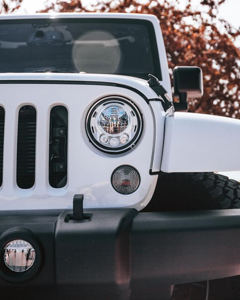 Pin By Jael Laffitte On Jeep Jeep Wallpaper White Jeep Jeep Cars