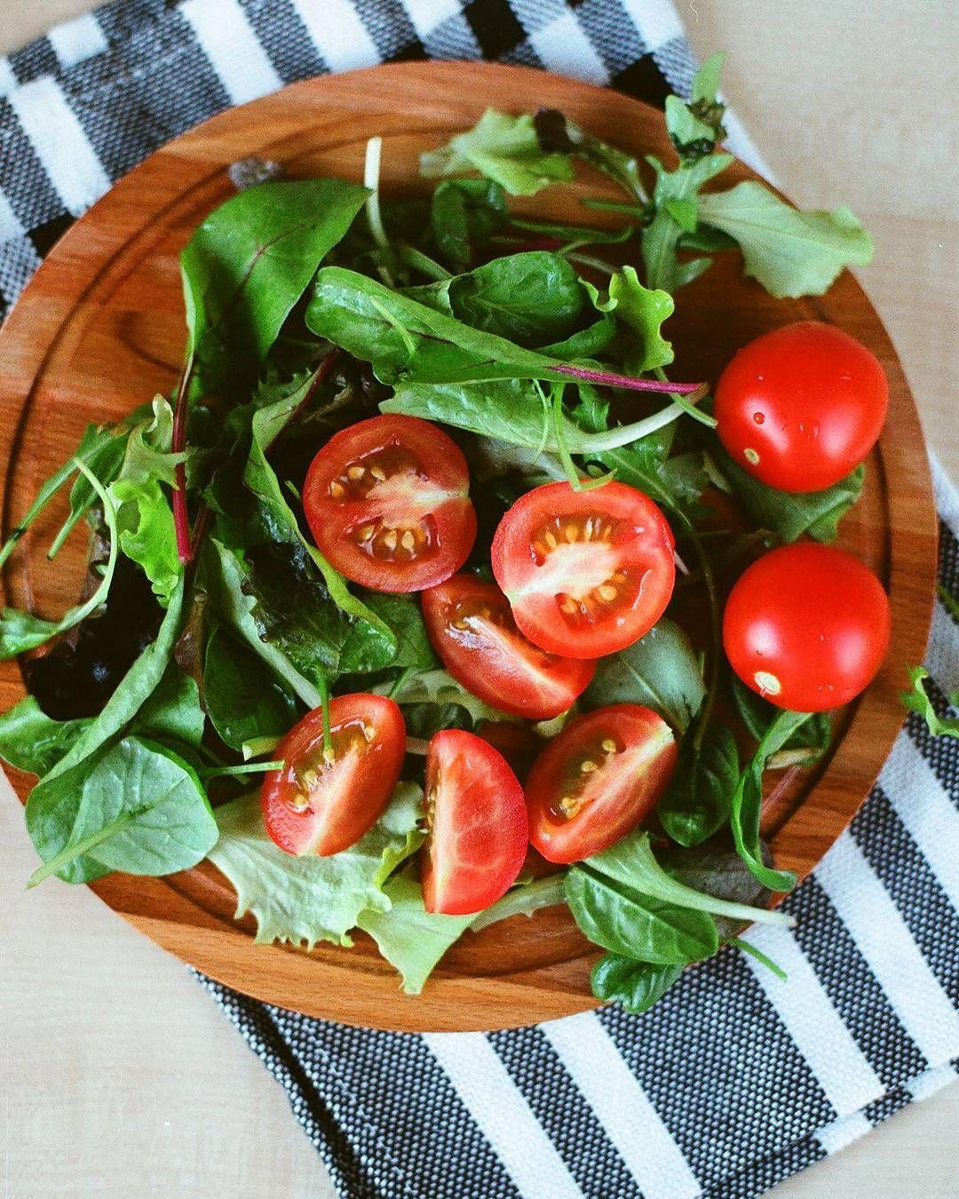 помидоры,красивое фото еды, фото еды инстаграмм, зелень ...