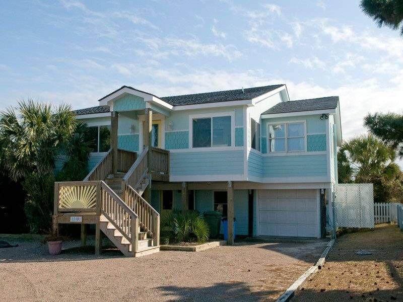 windy point emerald isle nc this 5 bedroom 4 bathroom beach rh pinterest com
