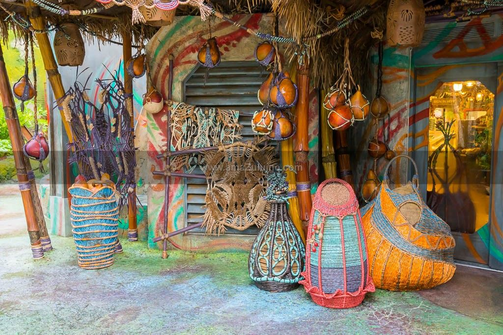 Custom Woven Art Sculptures | Custom Woven Garden Art Sculptures For An  Orlando Theme Park
