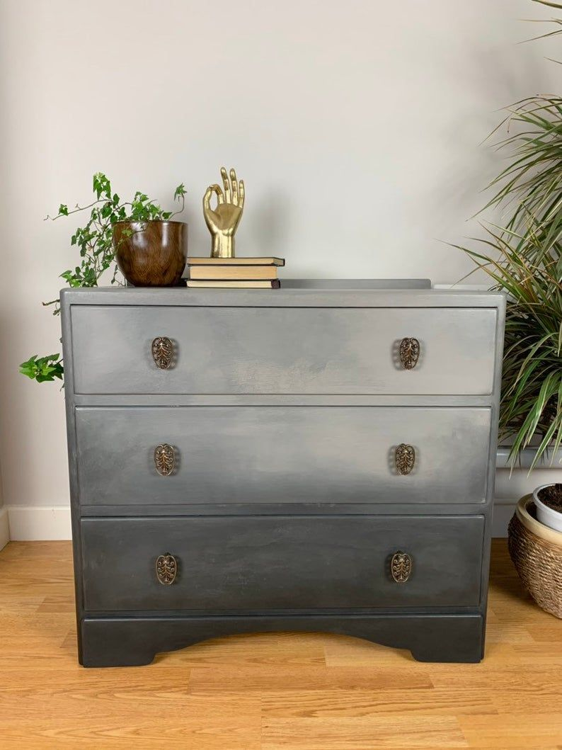 Now Sold Vintage Grey Painted Chest Of Drawers Bedroom Etsy Painted Chest Grey Painted Chest Drawers Bedroom [ 1059 x 794 Pixel ]