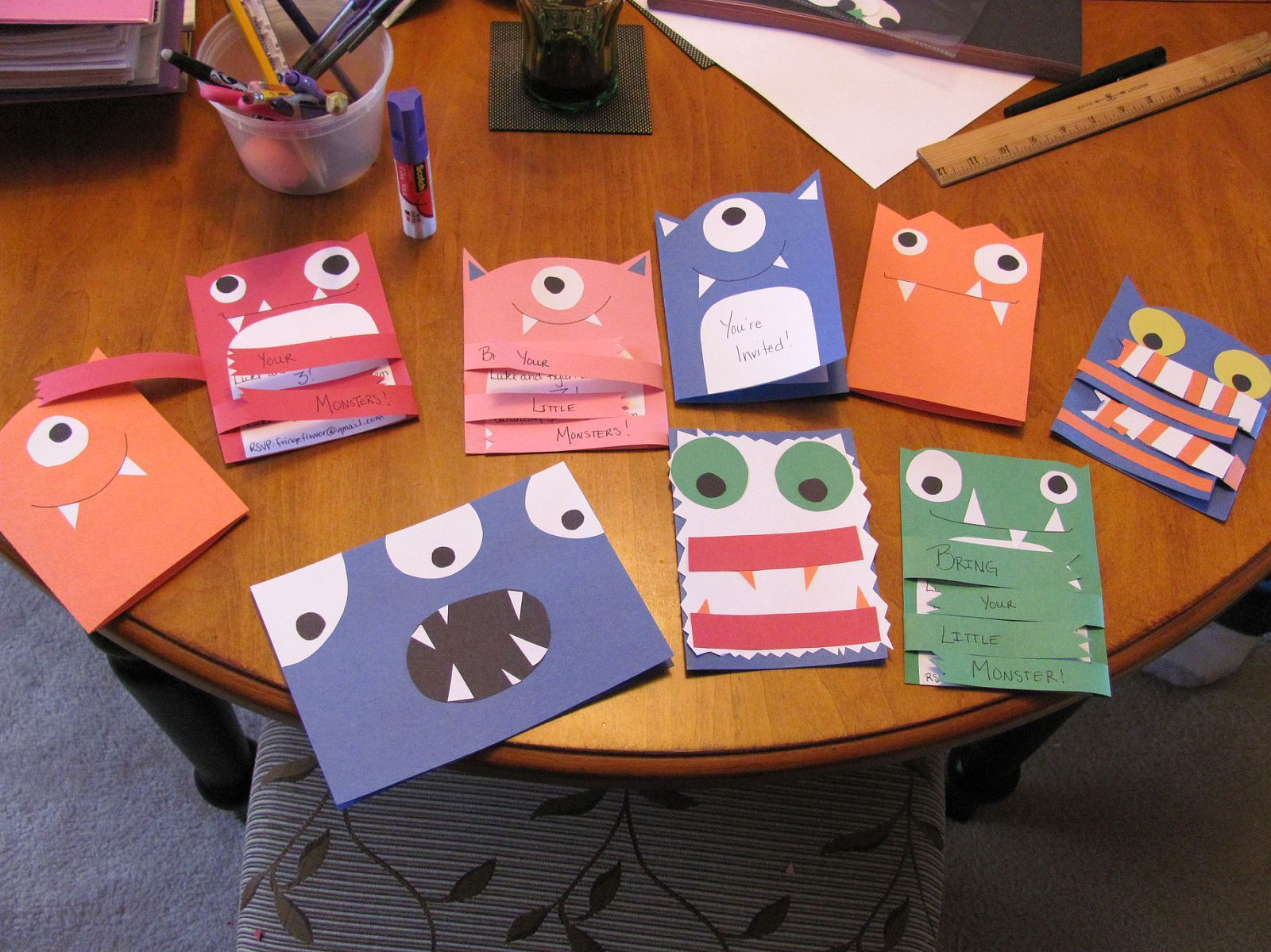 bday party invitation mail%0A homemade monster invitations