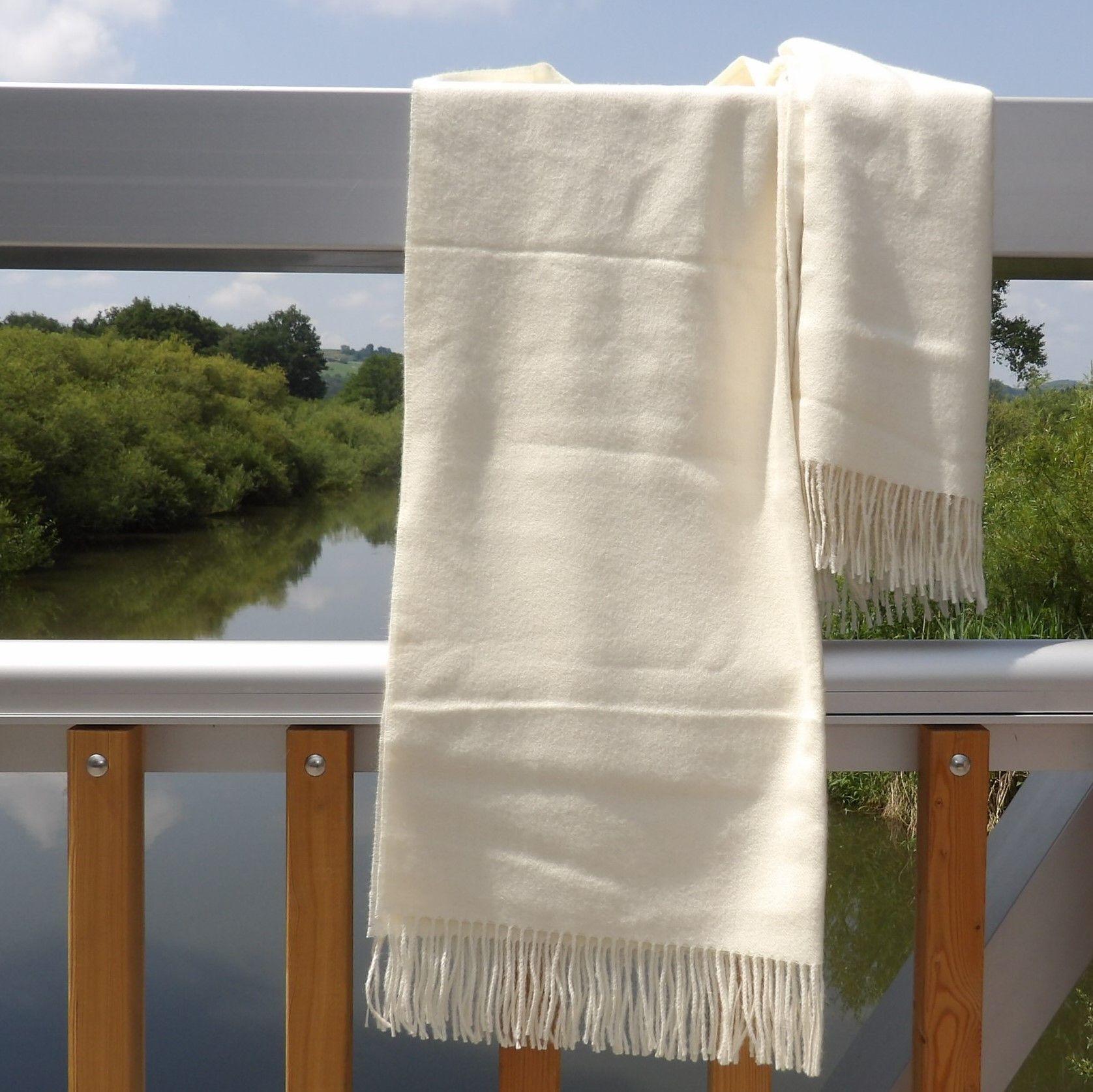 Baby Alpaka Decke Premium Weiss Mit Bildern Alpaka Decke