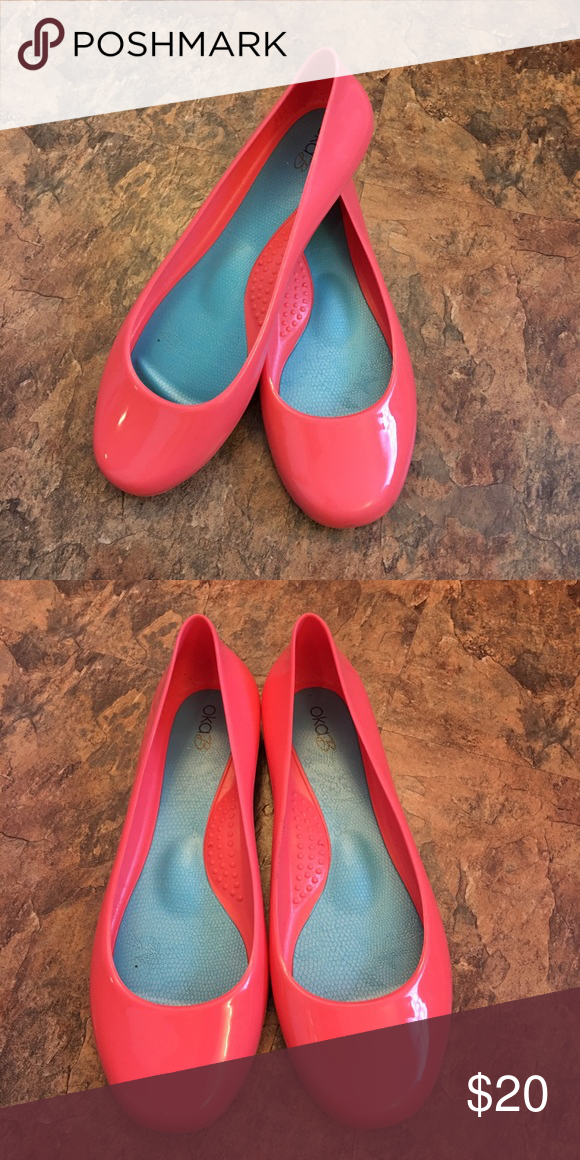 6a3542892 B Jelly Shoes Excellent condition. Perfect coral color. Super comfortable. OKA  b. Shoes Flats   Loafers
